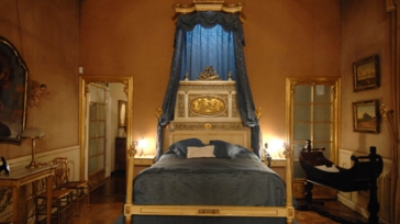 Romantic short break experience in a sumptuous Palace in Barcelona