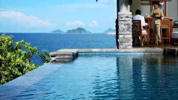 Maia Luxury Resort & Spa: villa vacation on a private peninsula