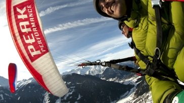 Your first paragliding solo flight in the Alps