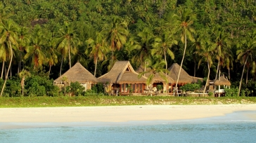 Your beach villa on North Island on the Seychelles