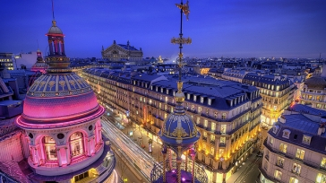 Personal luxury shopping at Printemps Paris