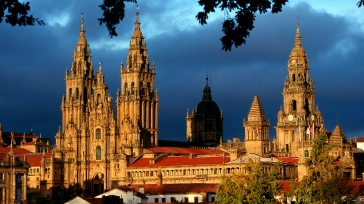 The Camino de Santiago: personal tour deluxe edition