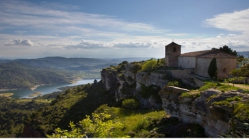 The unique spirit of The Priorat: a winery vacation package in Spain