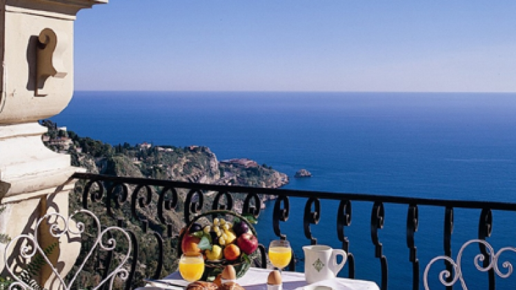 Luxury monastery hotel in sicily italy a 5 star deluxe for Exclusive hotels of the world